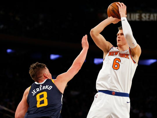 New York Knicks forward Kristaps Porzingis (6) shoots