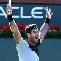 Del Potro beats Federer in dramatic final at Indian Wells