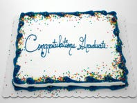 15% off on graduation cakes