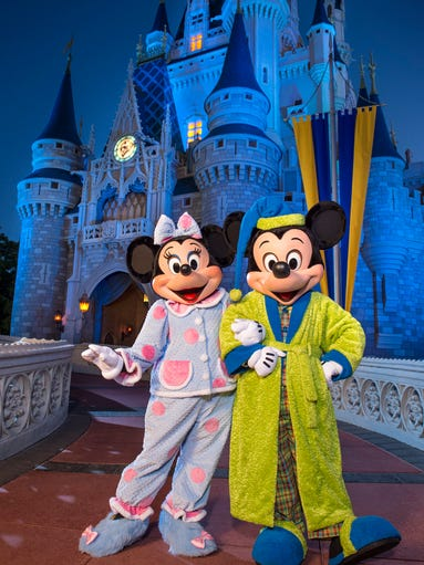 """Mickey Mouse and Minnie Mouse help kick off the """"Coolest"""