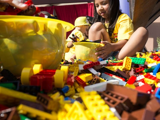 Legoland Discovery Center dumps 50,000 legos