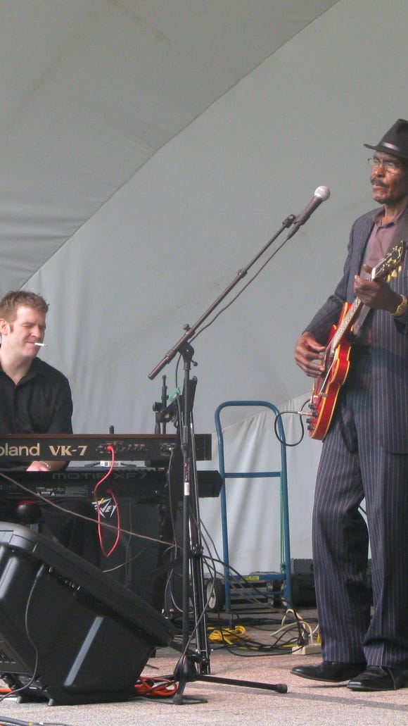 Well known local blues artist, Joe Beard. was a special guest withSteve Grills and the Roadmasters.
