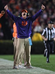 Clemson defensive coordinator Brent Venables coaches