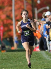 Cincinnati Country Day's Natalie de Beer finished 10th