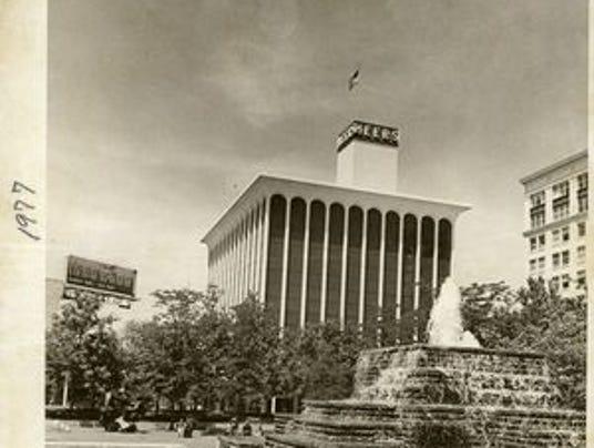 635821683802429459-Heer-s-building-1977