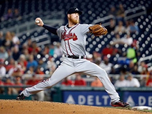 Atlanta Braves starting pitcher Mike Foltynewicz throws during the second inning of a baseball game against the Washington Nationals at Nationals Park, Wednesday, Sept. 7, 2016, in Washington. (AP Photo/Alex Brandon)
