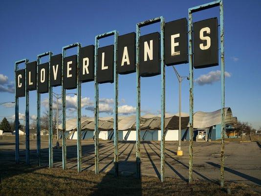 cloverlanes 020116-1
