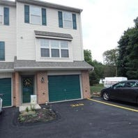 $126,900, School District: Red Lion, Bedrooms: 2, Bathrooms: 1.5