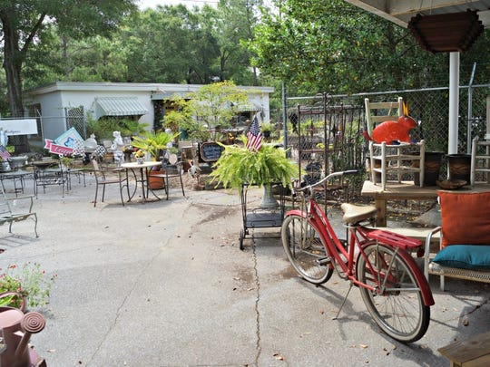 Find the best antique places in Pensacola