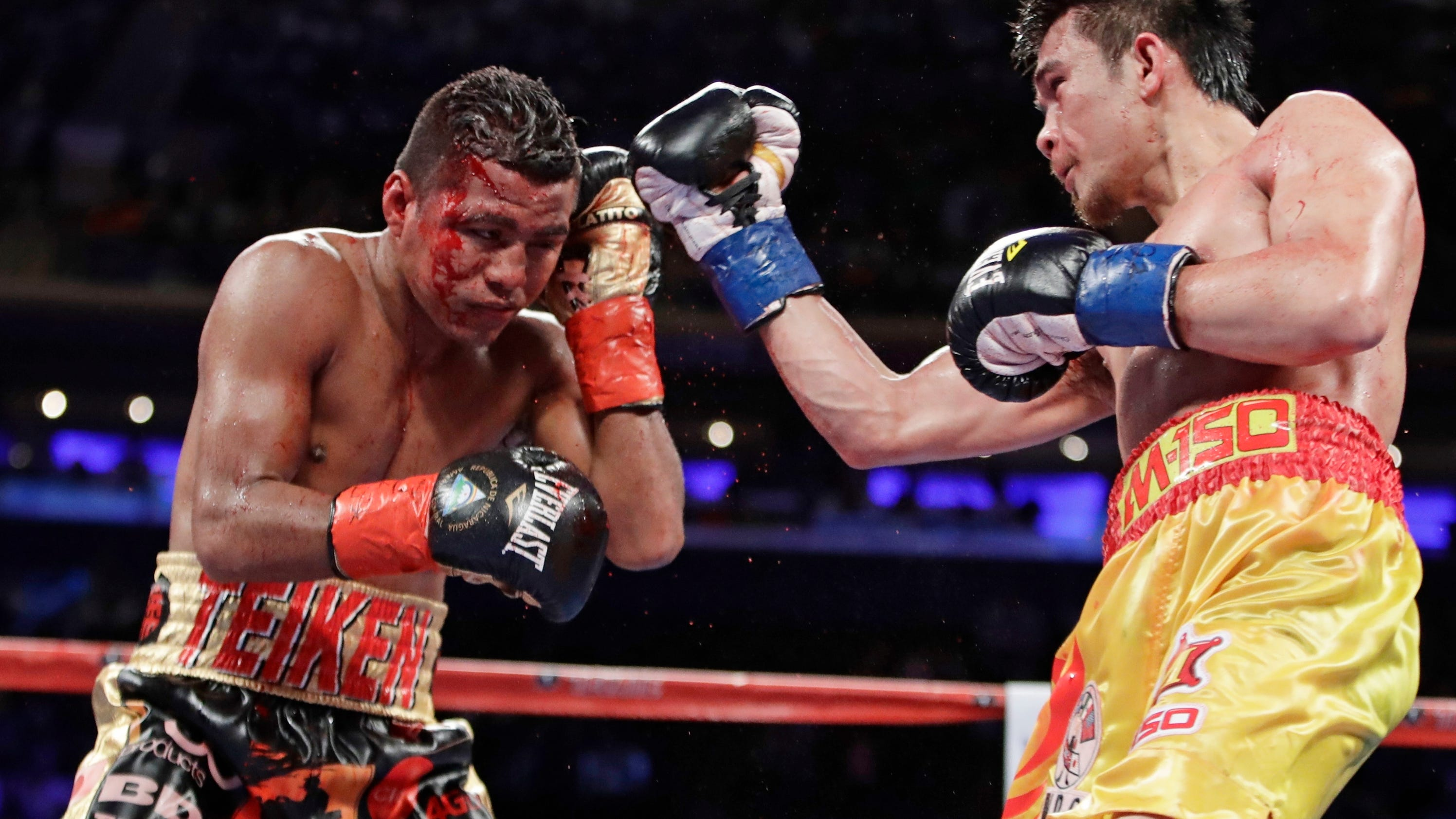 ggg outlasts jacobs in close unanimous decision. Black Bedroom Furniture Sets. Home Design Ideas