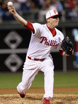 "Phillies relief pitcher Justin De Fratus says: ""I look at my role as to be one thing and that is, if I see my teammates not competing, I say something. I like taking them under my wing because I had some really good guys do it for me ... so all I want to do is bring that to them."""