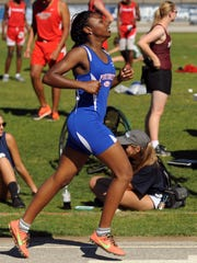 Pine Forest freshman Jazmyn Fountain finishes the final