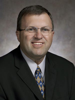 Neenah Mayor Dean Kaufert