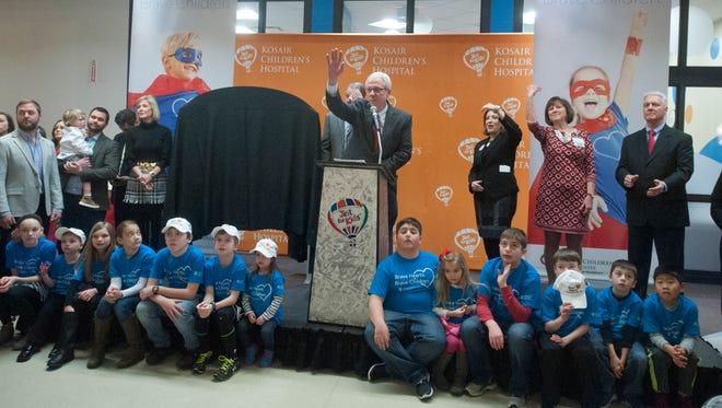 Thomas D. Kmetz, Division President, Women's & Children's Services and Kosair Children's Hospital, announces as $2 million gray from the Jennifer Lawrence Foundation.12 February, 2016