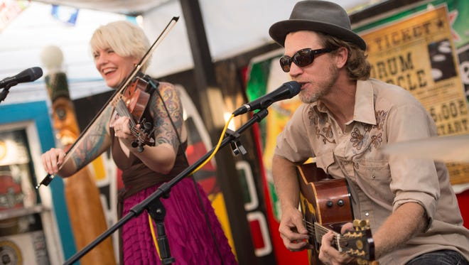 Tthe Nouveaux Honkies will perform at the Full Moon Party at Pelican Café on Labor Day.