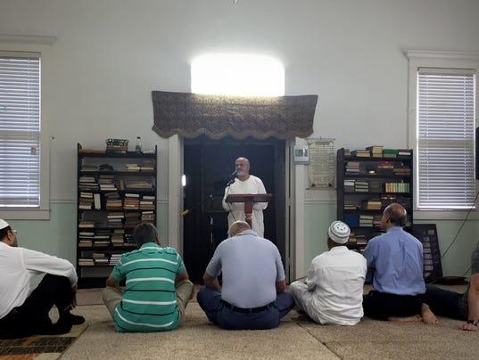 mosque-folo.jpg