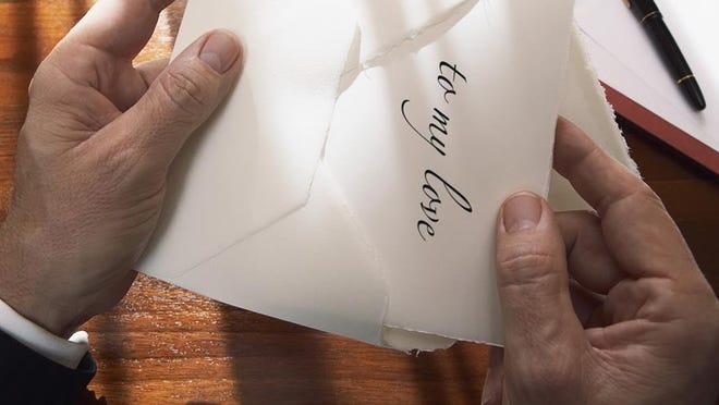 Felt is an iPad app for mailing handwritten cards via snail mail.