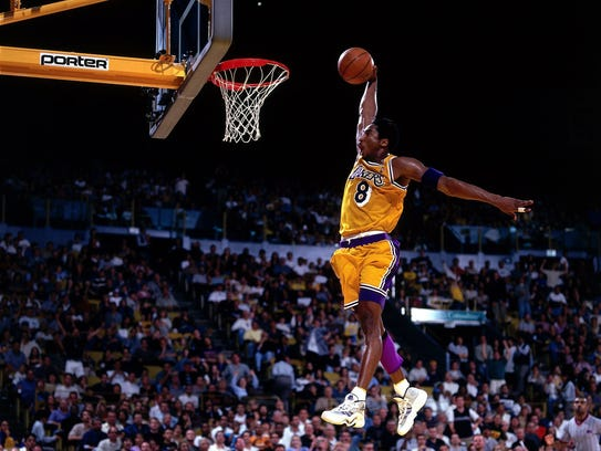 One of Kobe Bryant's top 10 plays of 1999 - 2000.