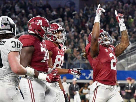 Alabama Crimson Tide running back Derrick Henry (2)