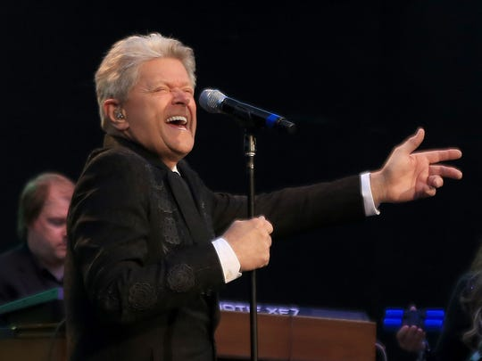 Peter Cetera delivers an animated performance during