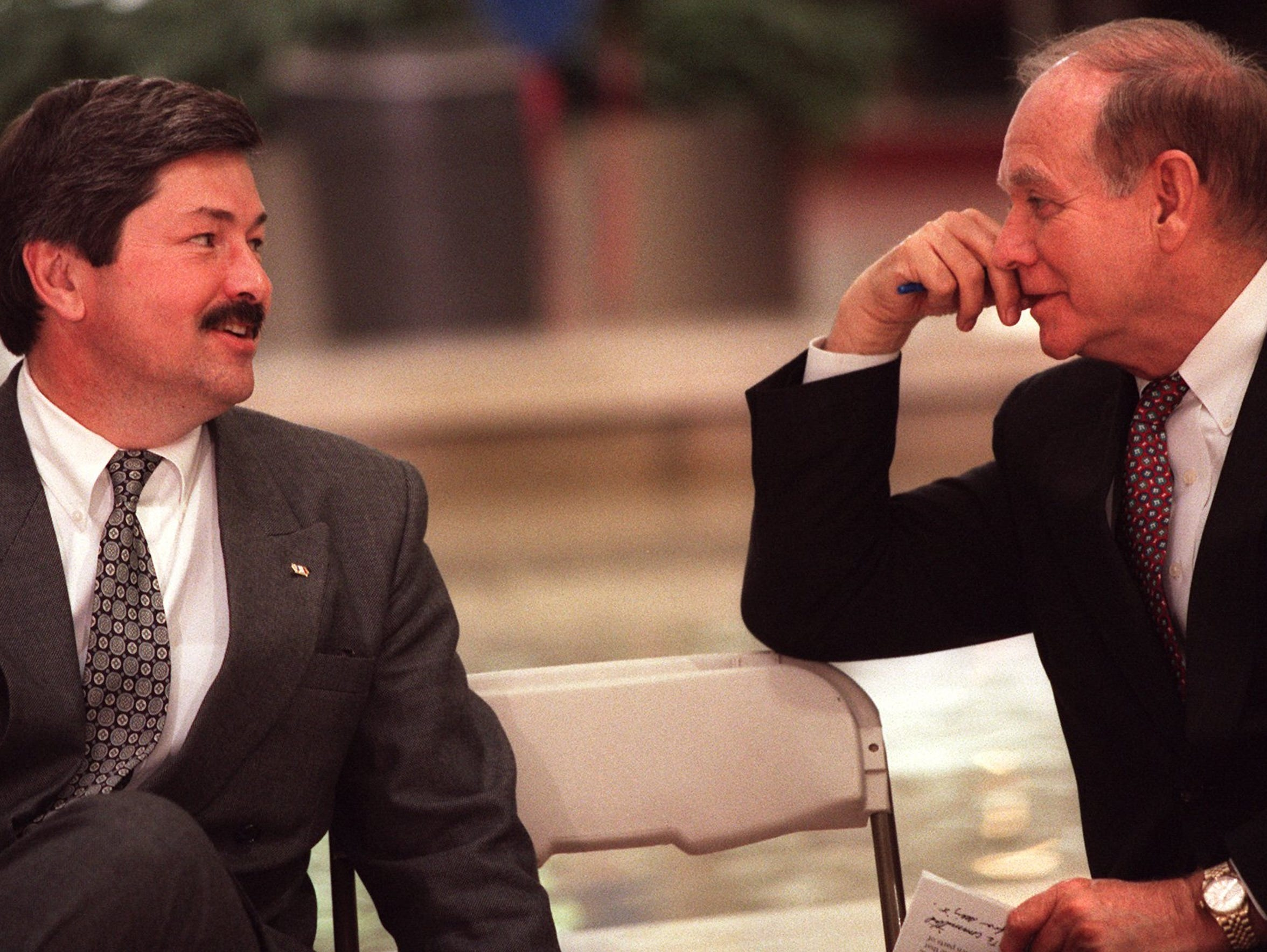 From 1996: Gov. Terry Branstad, left, visits with former