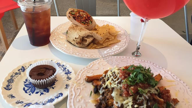 Lunch at The Red Balloon Cafe in Pleasant Ridge