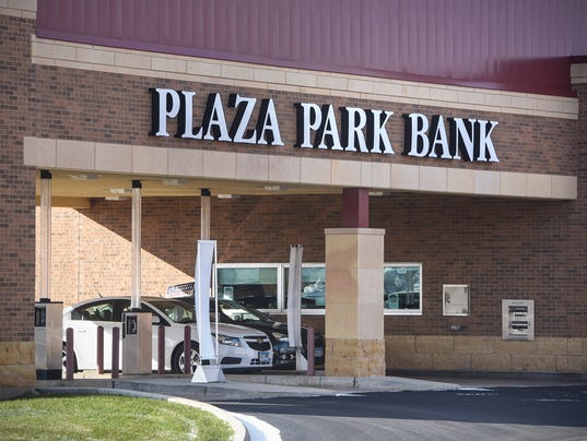 plaza park bank sold to small minnesota bank chain. Black Bedroom Furniture Sets. Home Design Ideas