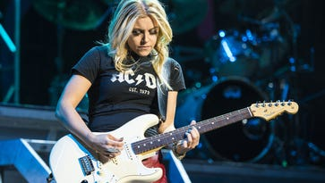SWFL LIVE!: Lindsay Ell plays Island Hopper, plus more live bands in Fort Myers, Cape Coral in September