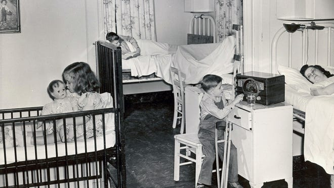 A small house for polio patients known as Kenny Cottage was opened during World War II at Iowa Lutheran Hospital, named in honor of Sister Elizabeth Kenny, an Australian nurse who advocated for physical therapy to treat polio.