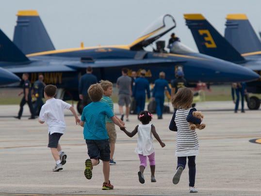 032514Blue Angels Return to Pensacola_6