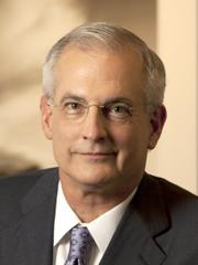 Don Brandt, presidente y CEO de Arizona Public Service