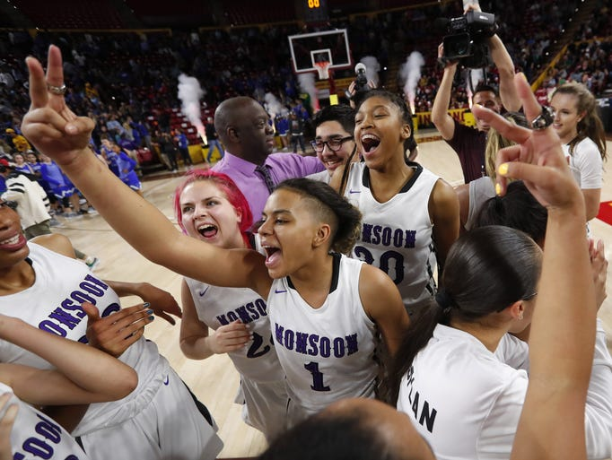 Valley Vista players celebrate after defeating Xavier