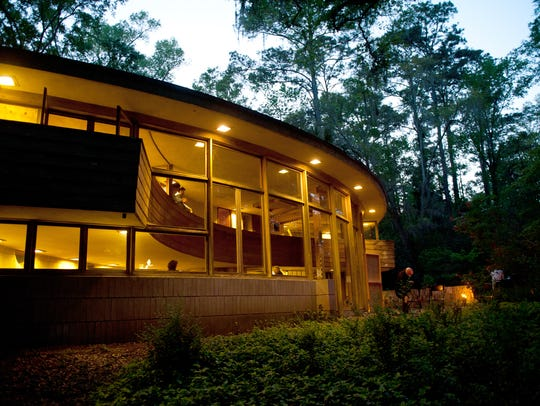 Spend a little time with Frank Lloyd Wright at Spring