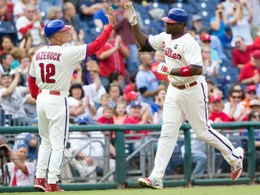 Ryan Howard powers Phillies over Cubs