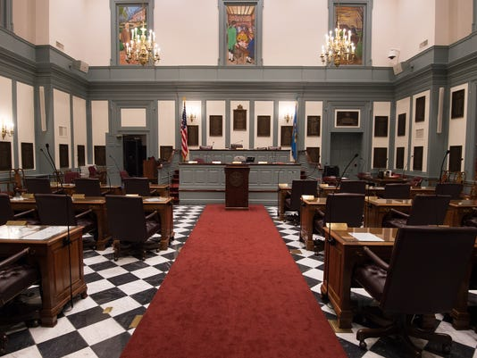 News: Senate Chambers2