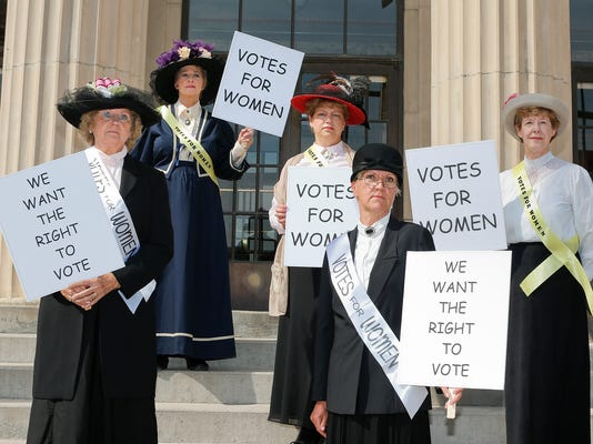 -women suffrage 1.jpg_20140916.jpg