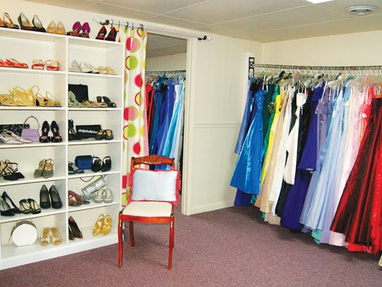 Becca's Closet in Fairivew offers prom dresses and