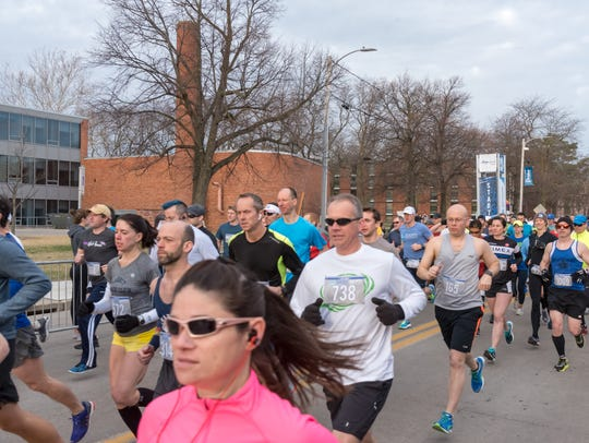 Runners participate in the 2018 Drake Road Races on