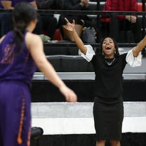 Eastlake, Bel Air girls basketball teams bounced from UIL playoffs
