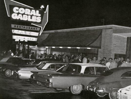 636361646303044908-Senior-night-Coral-Gables-1965A005391.jpg