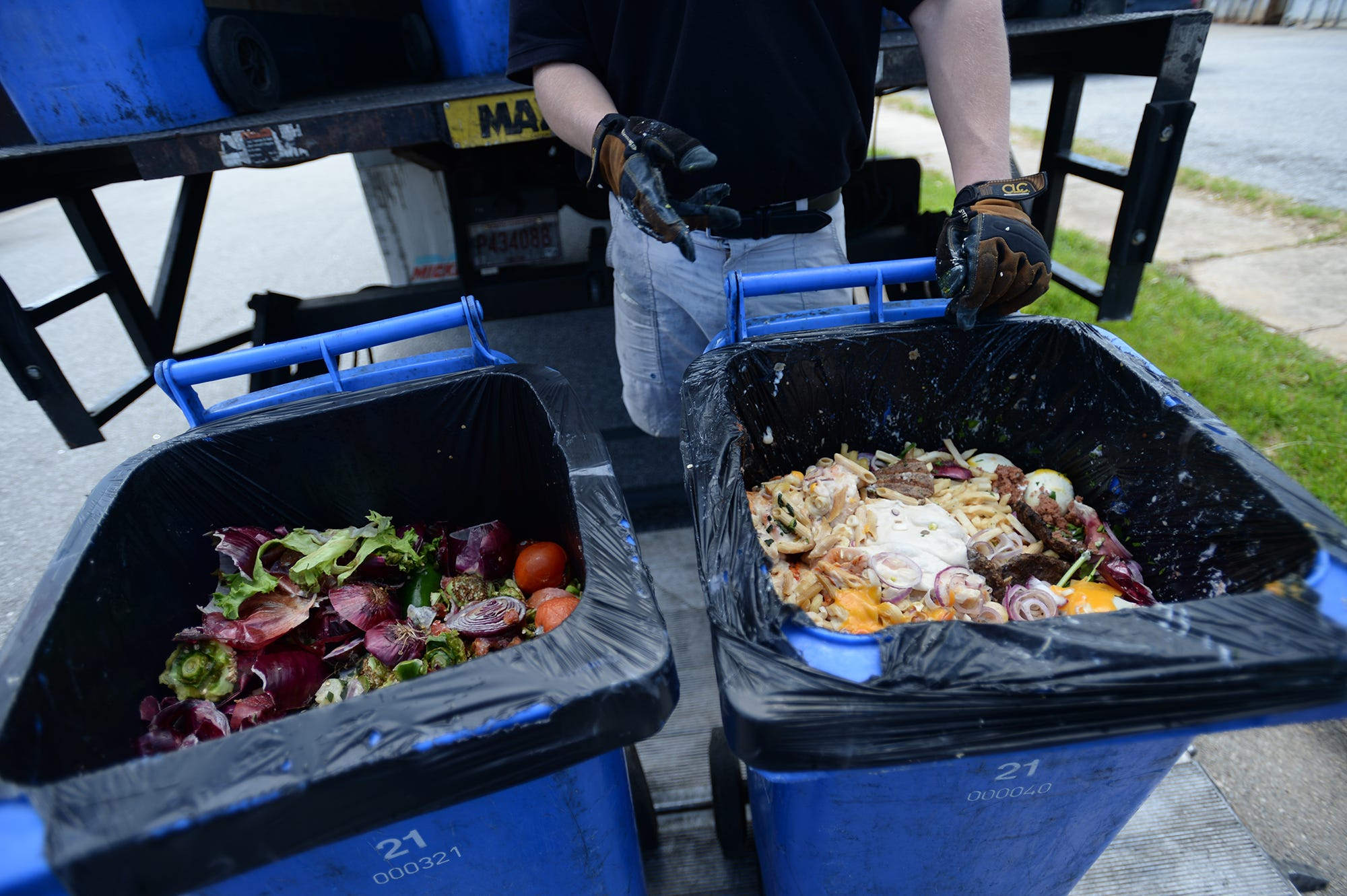 as food waste grows restaurants grocery stores find new solutions rh greenvilleonline com