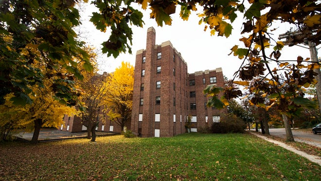 Distinct Properties, which has converted buildings throughout the York area into market-rate apartments, has agreed to purchase the former Elm Terrace Apartments.