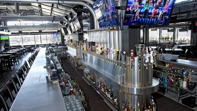 Yard House bars feature the Island Bar, which offers 110 taps.