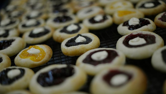 Christmas bake sale set for Dec. 20
