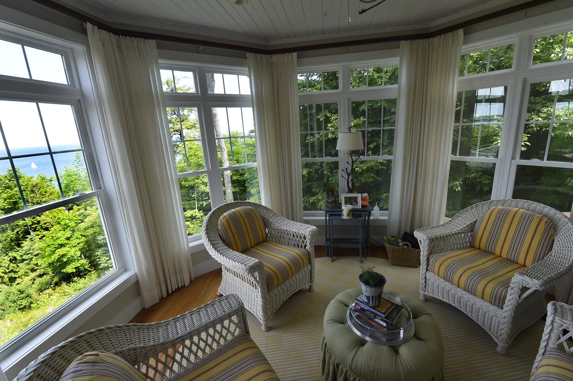 Stunning Door County Homes Featured On Popular House Garden Walk Jpg  3200x1680 Green Bay Home Interiors