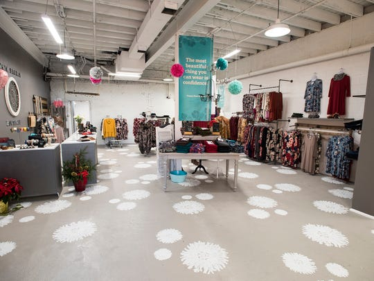 Papaya Branch Boutique recently opened at 326 Superior Mall in Port Huron. The store offers women's clothing in a variety of sizes.
