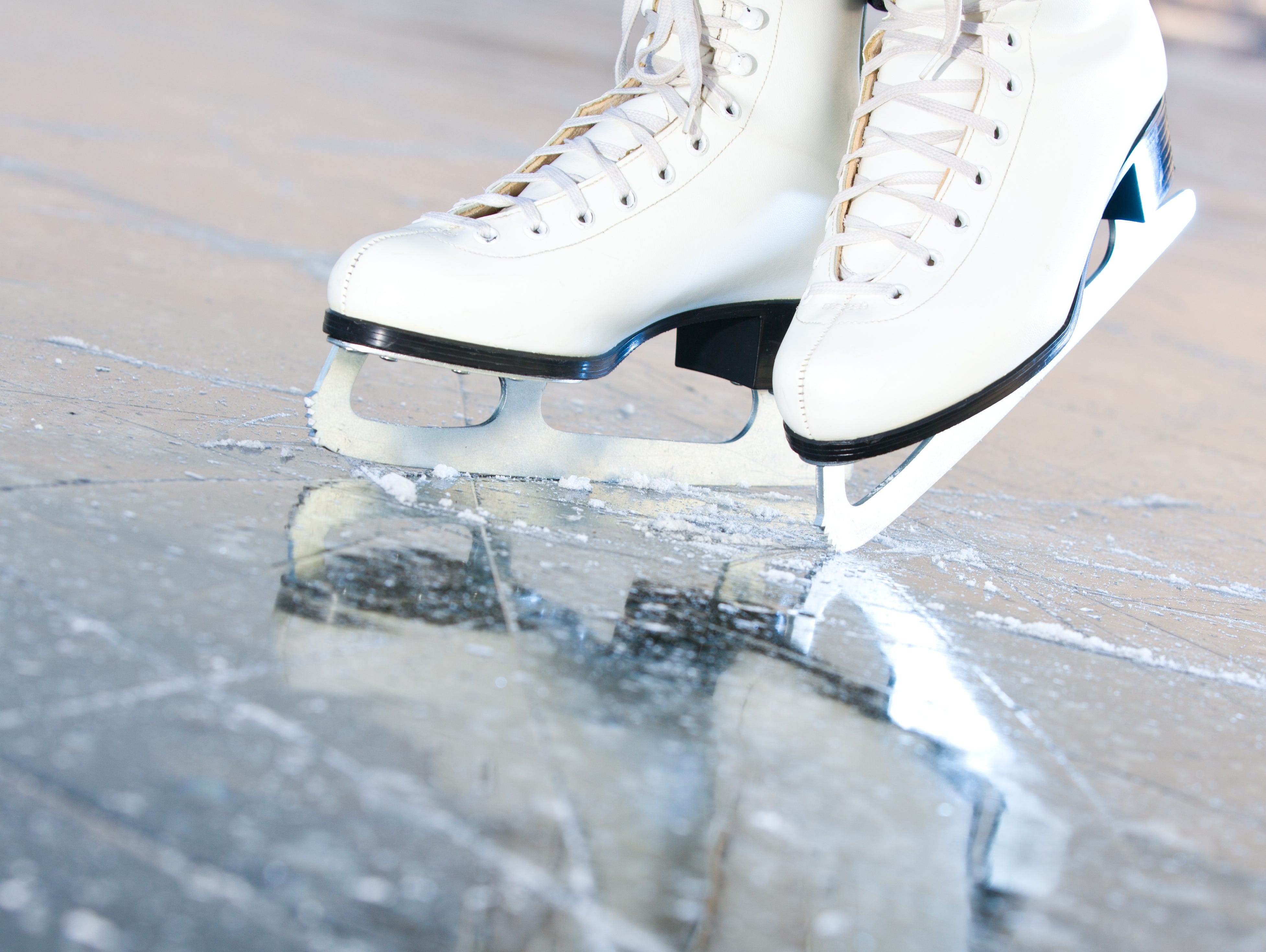 Insiders can enter to win a skating party for 10 at Westchester Skating Academy 1/10 - 2/3