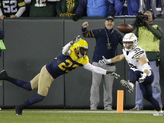 Chargers Packers Football (2)