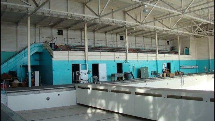 Old Municipal Swimming Pool (2)