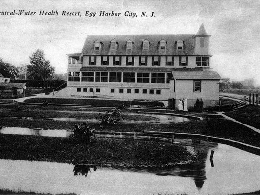 1905 Hotel Postcard.jpg